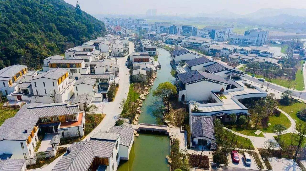 云南昭通苹果特色小镇即将启动建设总投资50亿元
