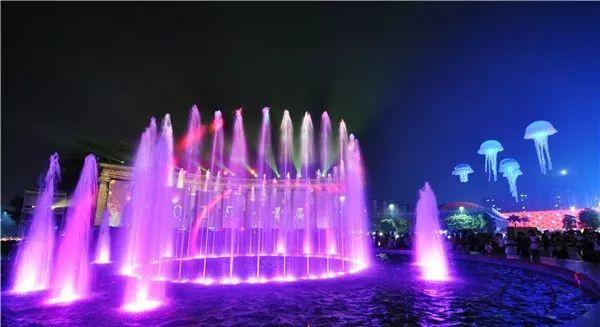古镇国际灯博会开幕